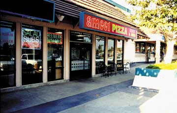 Ameci Pizza & Pasta a franchise opportunity from Franchise Genius