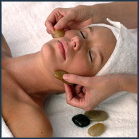 Hand and Stone Massage Spa a franchise opportunity from Franchise Genius