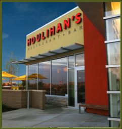 Houlihans Restaurants a franchise opportunity from Franchise Genius