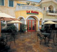 La Salsa Fresh Mexican Grill a franchise opportunity from Franchise Genius