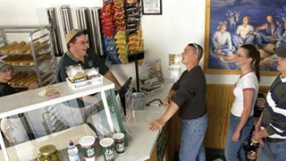 Silver Mine Subs a franchise opportunity from Franchise Genius